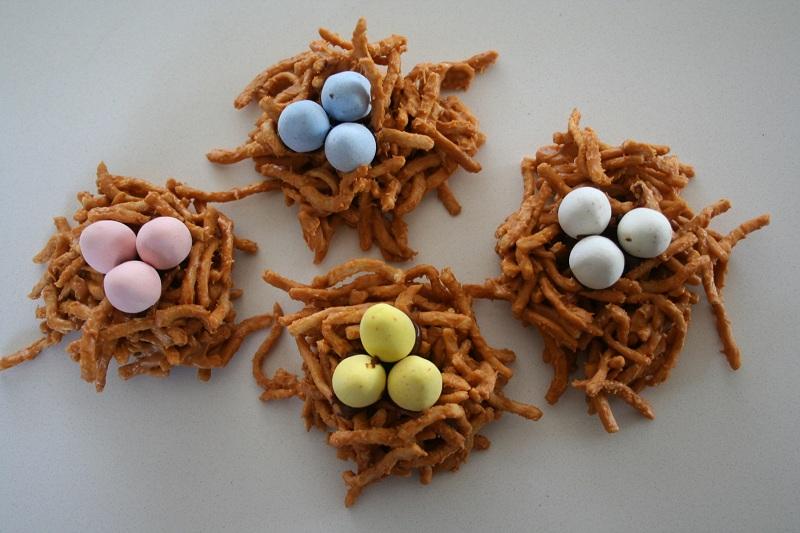 bird nest cookies chow mein noodles