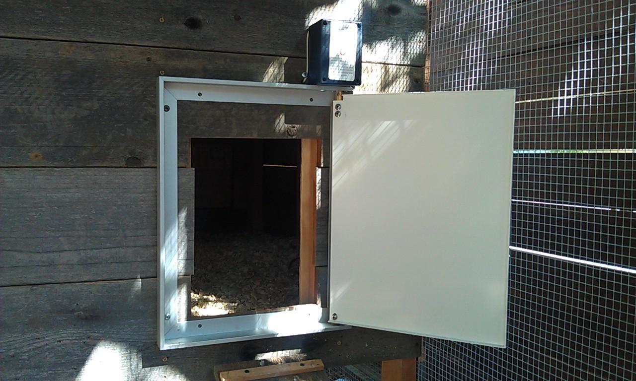 Chicken Coop Automatic Door1 Marin Homestead